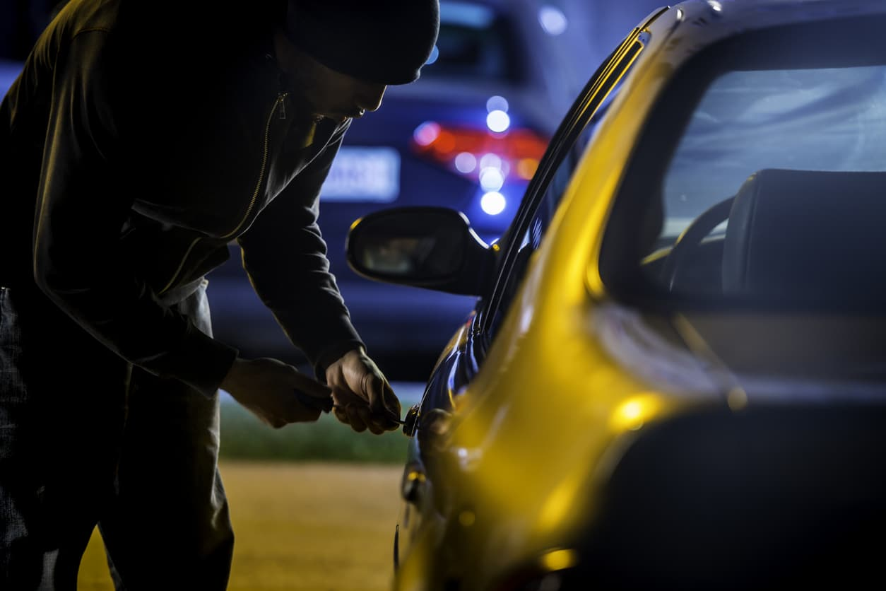 Lawyer for Theft, Burglary, Robbery, and Shoplifting Serving Arkansas and Missouri